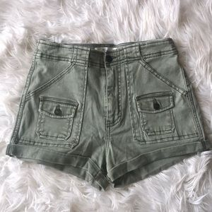 Abercrombie & Fitch High-Rise Shorts